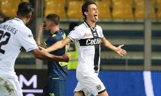 Roberto Inglese esulta dopo un gol