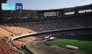 Stadio San Paolo con maxischermi (immagine a cura di Giuseppe Cautiero)
