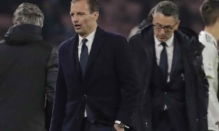 Allegri in panchina al San Paolo