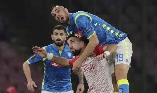 Maksimovic con la maglia del Napoli