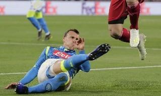 Vlad Chiriches in azione con il Napoli