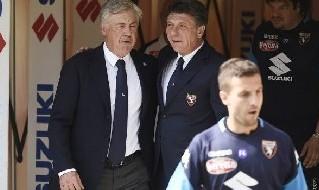 Carlo Ancelotti, allenatore della SSC Napoli, e Walter Mazzarri, allenatore del Torino